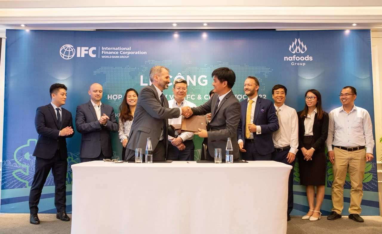 Nafoods Group Joint Stock Company successfully held a ceremony to announce investment cooperation with IFC and 2022 strategy